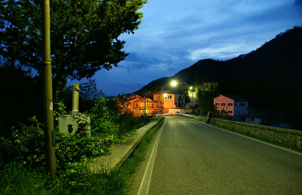 San Biagio Saracinisco di notte